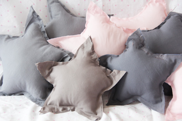 nosewstarpillows