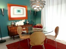 mid-century-modern-furniture-dining-room-design-glass-table-chandelier-wall-painting